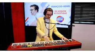François-Henri interprète son titre «Parler à personne» sur RFM !