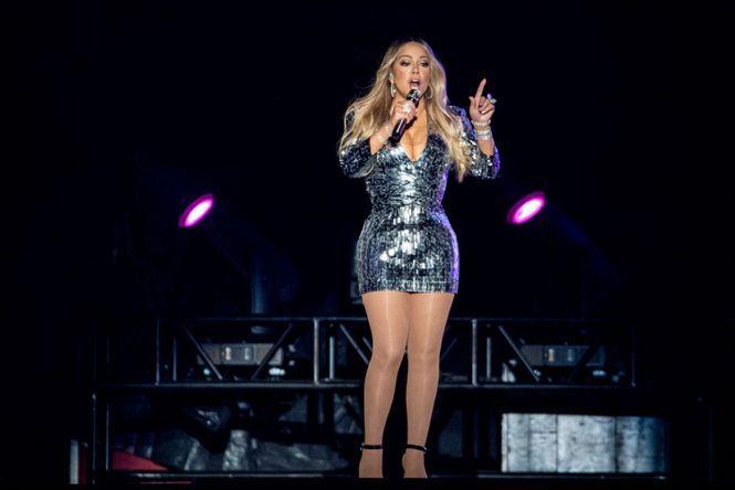 Mariah Carey dévoile un nouveau clip pour noël !
